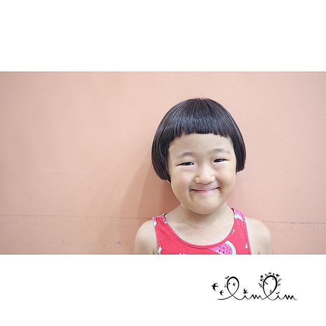 クルックルッ ク◯ラップ〜♪のコマーシャルの女の子に憧れて?.おもいきったオカッパと刈り上げで、キュートすぎます♡♡