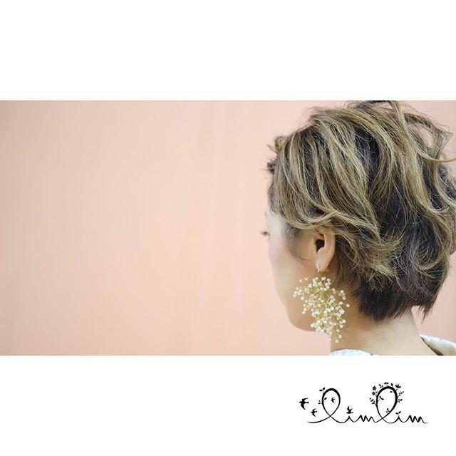 .ショートでもまいたり、前髪をあげたりして 雰囲気を変えてあげれば、いろいろ楽しめます♡