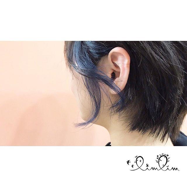 ・耳掛けするとチラッと見えるブルーがオシャレ♡・
