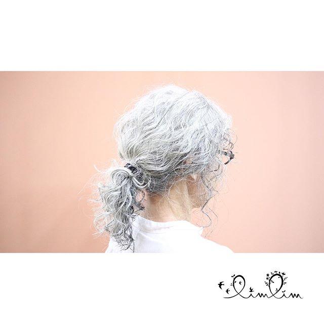 いつまでも若々しく・リムリムでは施術の際にカウンセリングを行い、お客様にあったヘアスタイルを提案しています?♂️